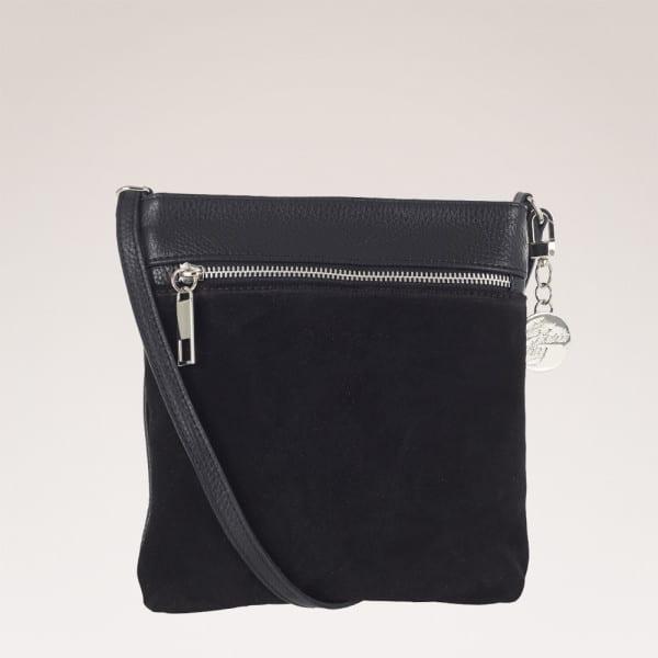 ulrika design väska svart mocka